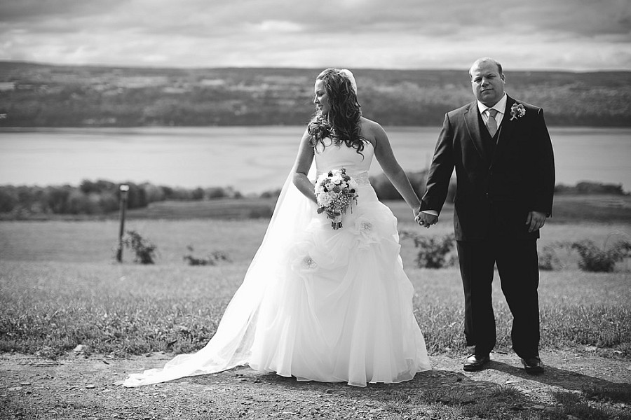logan_ridge_estates_wedding_finger_lakes_photographer_031.jpg