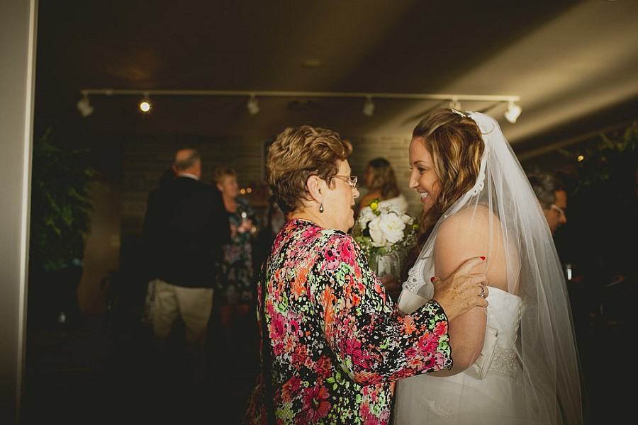 logan_ridge_estates_wedding_finger_lakes_photographer_058.jpg