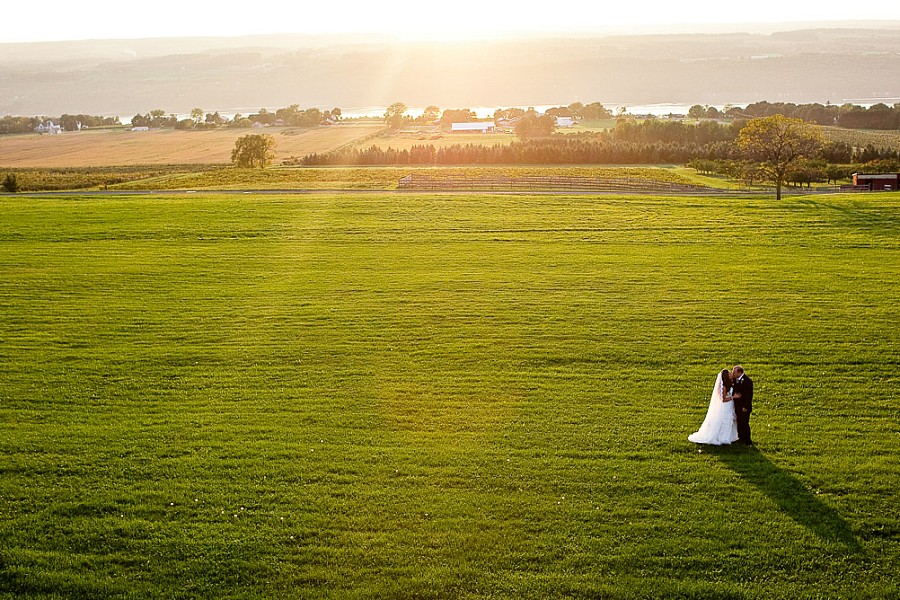 logan_ridge_estates_wedding_finger_lakes_photographer_063.jpg
